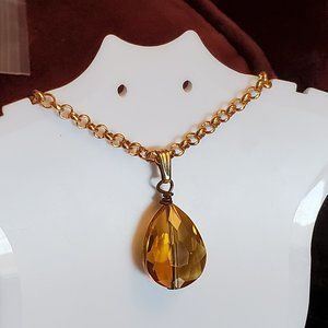 "17"" Gold Tone Glass Teardrop Pendant Necklace NWT"